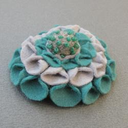 kwiat,filc,filcowana, - Broszki - Biżuteria